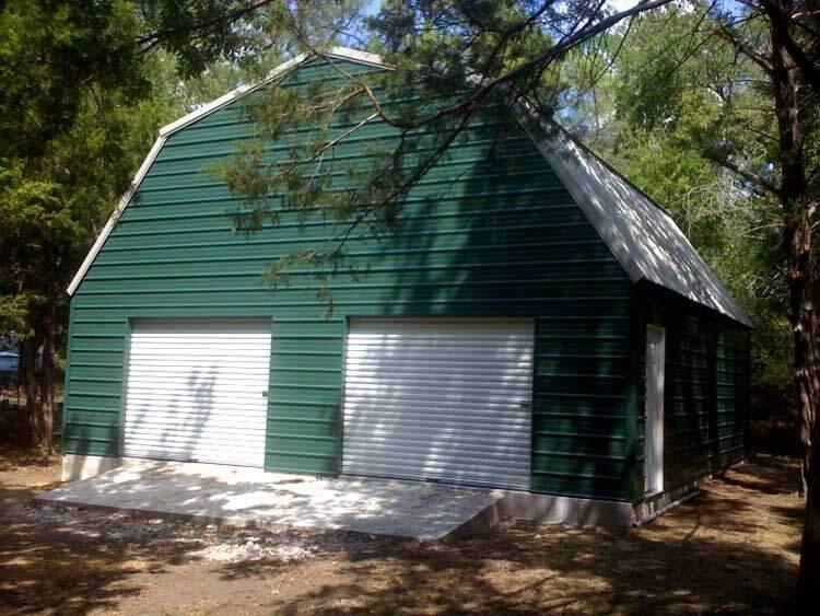 Gambrel Barn in East Texas