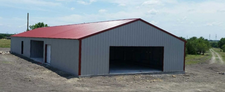Red Roof Barndominium (2 of 2)